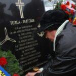 Monument dedicat eroilor de la Tuzla