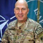 Vizita comandantului ISAF-Joint Command (IJC) in campul romanesc din Kandahar
